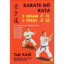 Karate-Do Kata 5 HEIAN 2 TEKKI - T. KASE